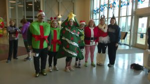 Holiday Coutumes at Santa 5K Race